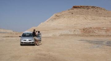 Auto w Maroku (fot. Krystyna Milczarek)